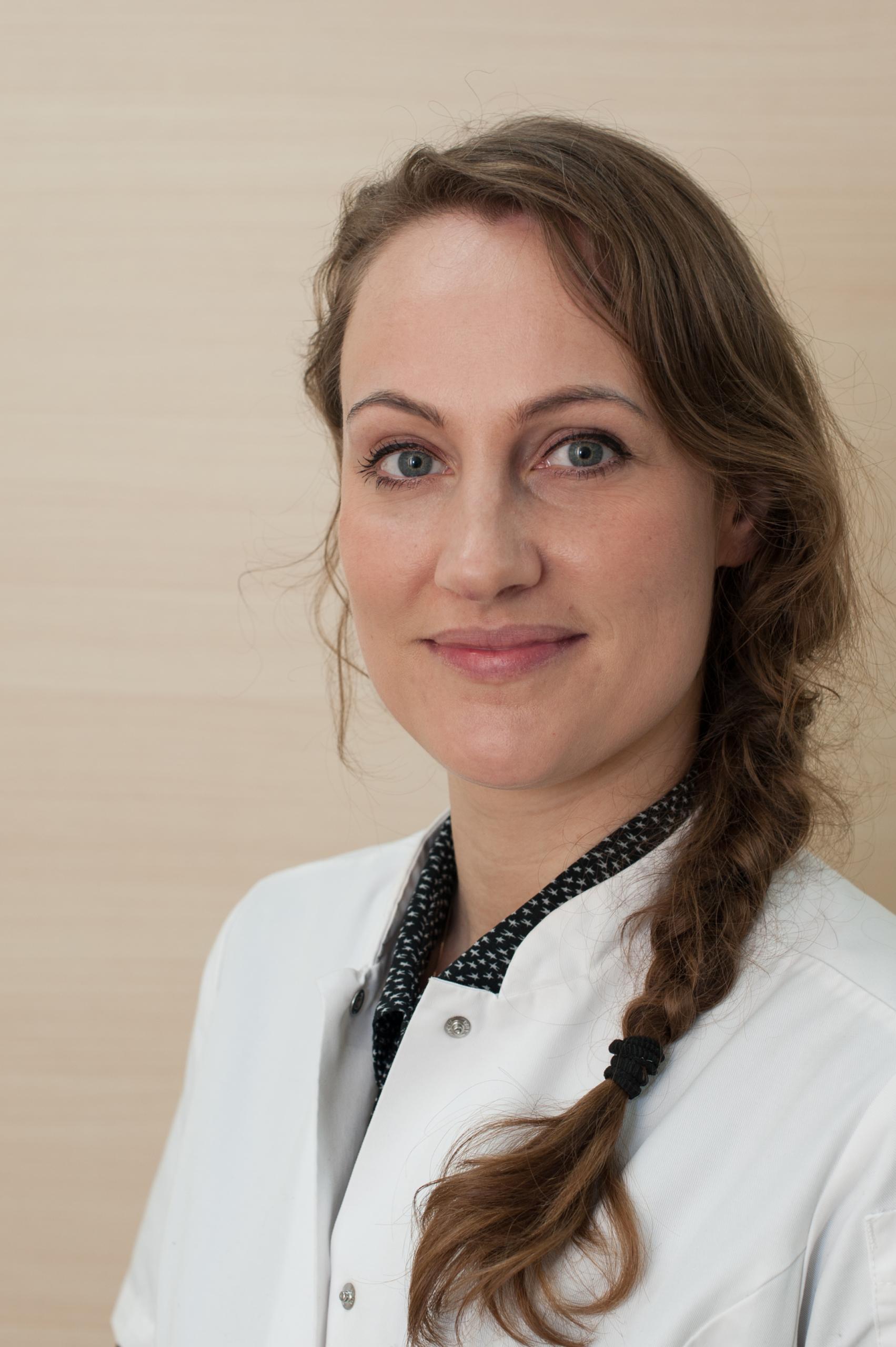 Dr. M.E. Schram, dermatoloog